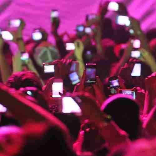 Apple preventing Spotify app upgrade and fans filming gigs | News